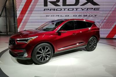 Acura Swings For The Fences With 2019 RDX – New Look, New Tech, Extra SUV - image 758573