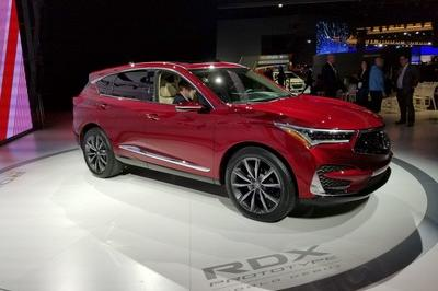Acura Swings For The Fences With 2019 RDX – New Look, New Tech, Extra SUV - image 758577