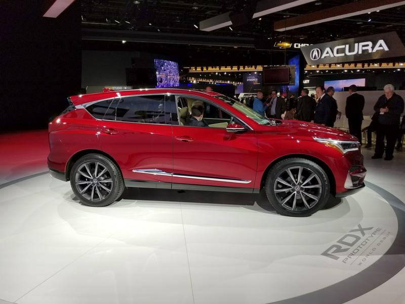 Acura Swings For The Fences With 2019 RDX – New Look, New Tech, Extra SUV