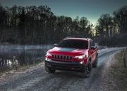 Surprise: 2019 Jeep Cherokee Prices Announced - image 759257