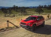 Surprise: 2019 Jeep Cherokee Prices Announced - image 759259