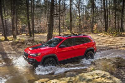Wallpaper of the Day: 2019 Jeep Grand Cherokee - image 759336