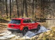 Surprise: 2019 Jeep Cherokee Prices Announced - image 759338