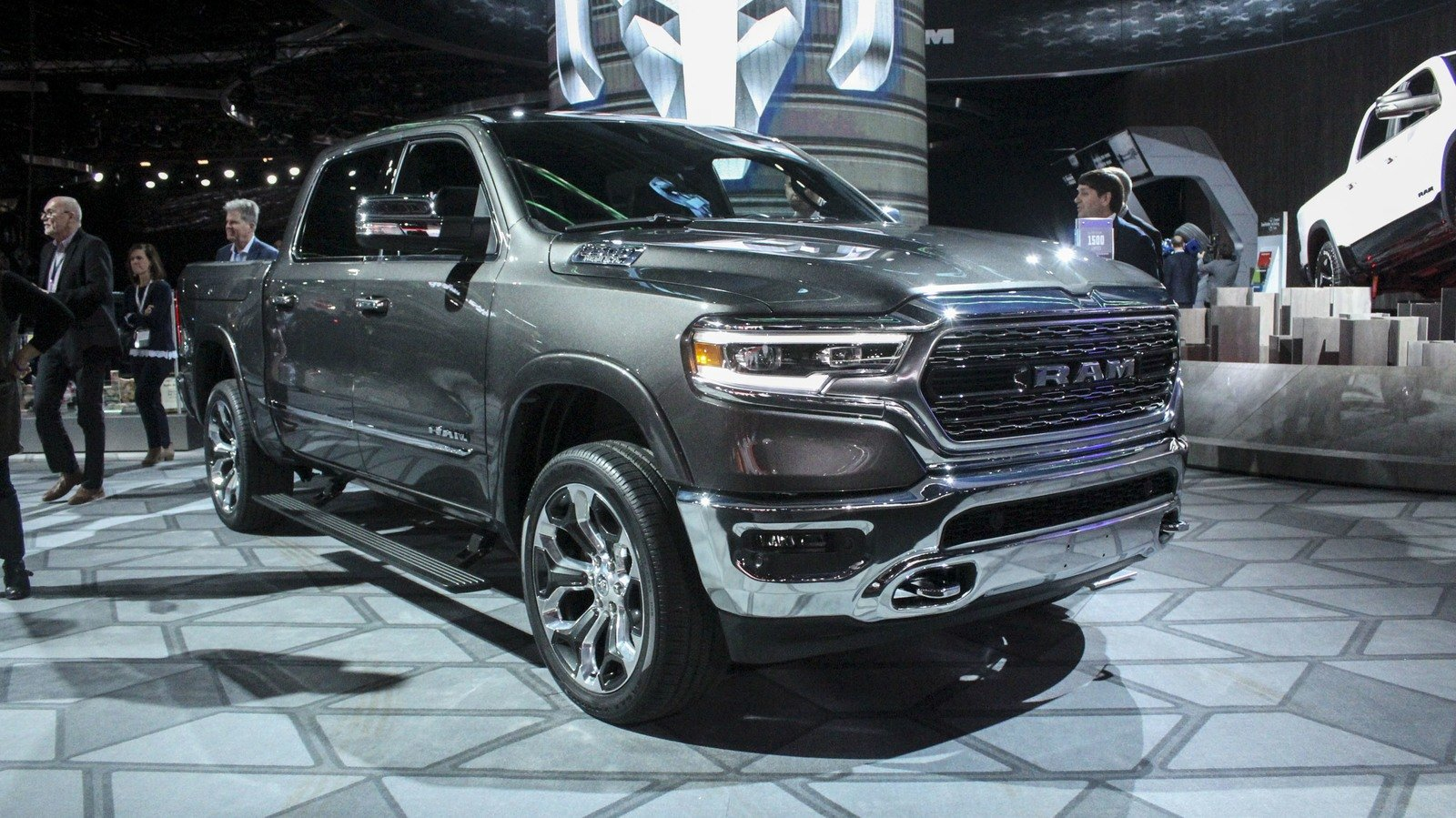 ram 1500 trucks pickup speed topspeed