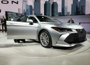 Toyota Takes High-Tech Approach With New Avalon Hybrid - image 758791