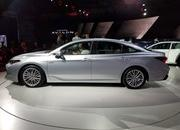 Toyota Takes High-Tech Approach With New Avalon Hybrid - image 758793