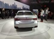 Toyota Takes High-Tech Approach With New Avalon Hybrid - image 758798