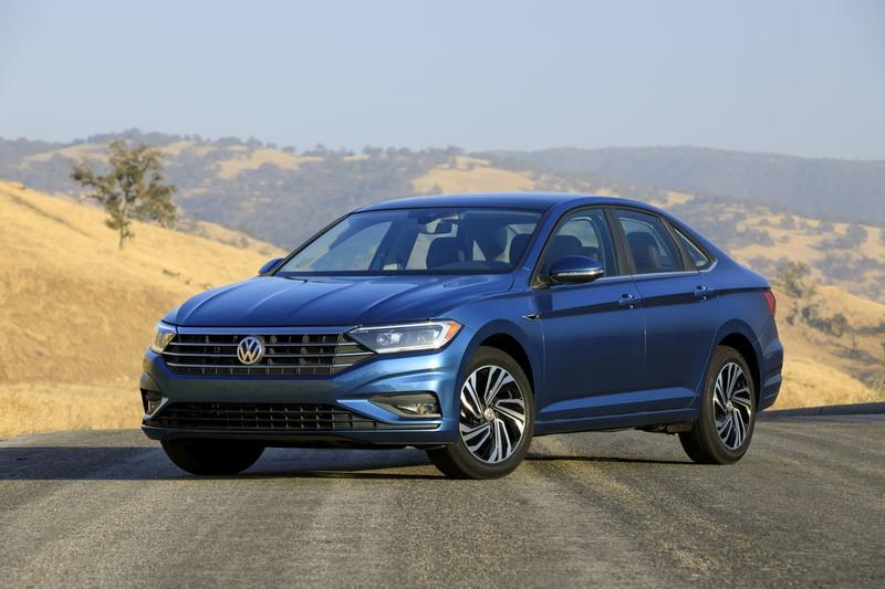 The Next-Gen Volkswagen Jetta is Loaded To The Brim With Tech Features Exterior - image 758222