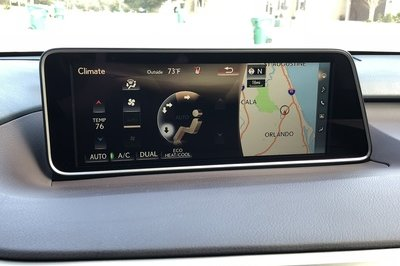 A Brief Look at the Lexus RX350's Infotainment System - image 763340