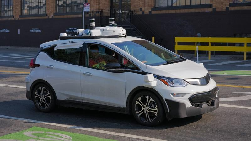 A motorcyclists sues General Motors over an autonomous car collision