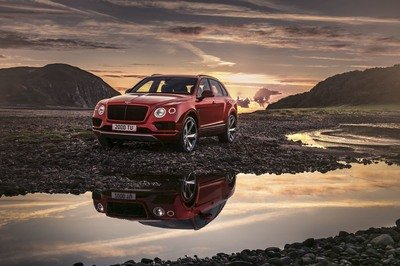 Bentley Adds More Flavor To Its Lineup With A V-8 Bentayga - image 757866