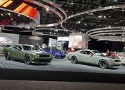 Booth Layout at the Detroit Auto Show Proves FCA is in Love with the Aging Challenger - image 759617