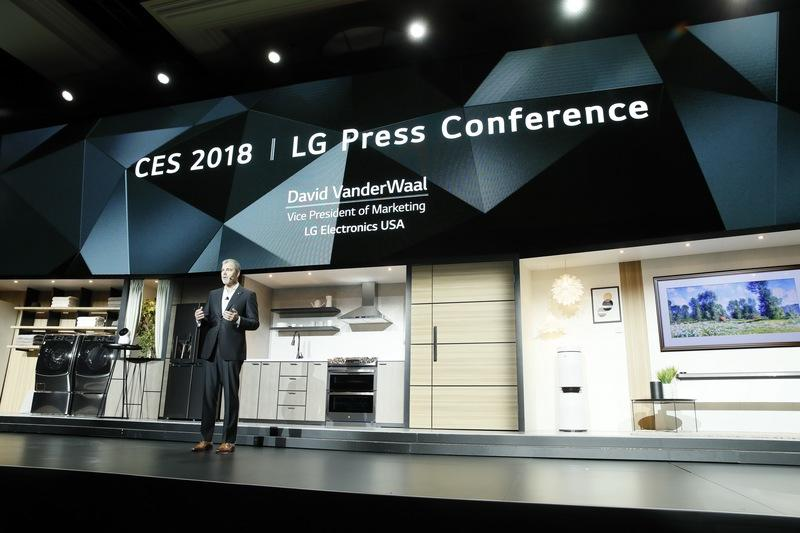 CES 2018 – Massive Blackout Leaves Attendees In The Dark