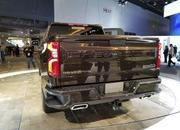 Watch The 2019 Chevy Silverado's Power-Lift Tailgate! - image 758267