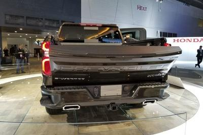 Chevrolet Gives the 2019 Silverado a Proper Diet - image 758271