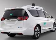 Chrysler to Send Thousands of Pacifica Minivans to Waymo - image 764217