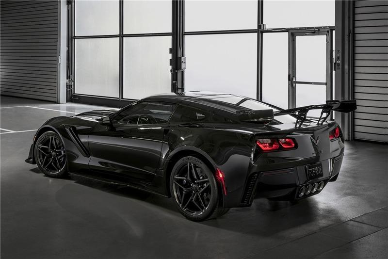First Corvette ZR1 Heads to Auction Next to the First Ford GT to be Auctioned for Charity