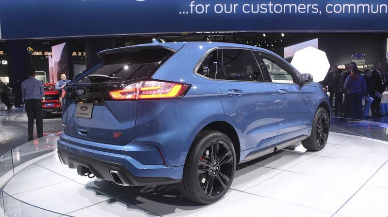 Ford Edge ST Takes Detroit by Storm Exterior - image 759185