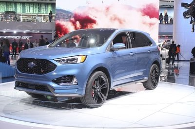 Ford Edge ST Takes Detroit by Storm - image 759179