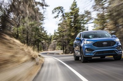 2019 Ford Edge ST - image 757604