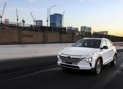 Hyundai's Hydrogen-powered Nexo Has Better Mileage than a Tesla - image 756379