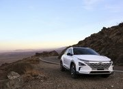 Hyundai's Hydrogen-powered Nexo Has Better Mileage than a Tesla - image 756398