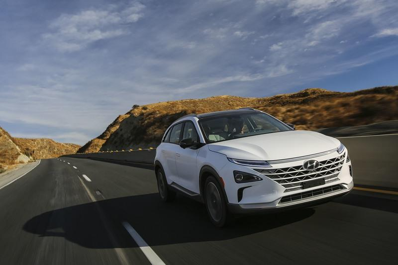 Hyundai's Hydrogen-powered Nexo Has Better Mileage than a Tesla