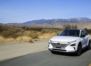Hyundai's Hydrogen-powered Nexo Has Better Mileage than a Tesla - image 756406