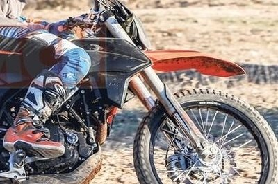 KTM is testing new 690 Enduro and Supermoto