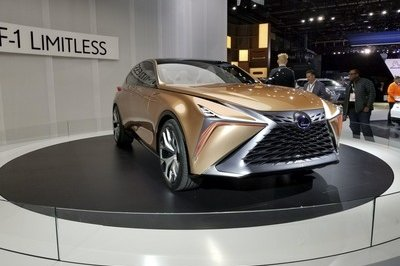 The Lexus LF-1 Limitless Is the Ultimate Luxury Crossover - image 758456