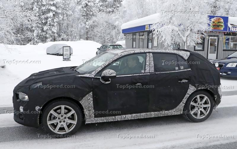 2019 Lynk & Co 04 Hatchback - image 764203