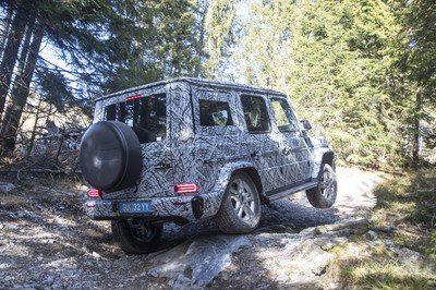 Mercedes-Benz Previews New G-Class With Off-Road Specs - image 755441