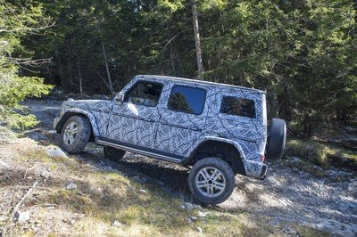 Mercedes-Benz Previews New G-Class With Off-Road Specs - image 755442