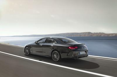 Mercedes Debuts New AMG Series with CLS53 Model - image 758309