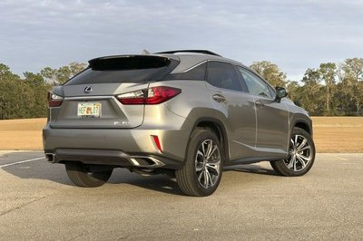 What it's Like to Daily Drive the Lexus RX350 - image 763379