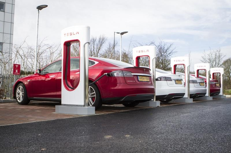 Elon Musk Sure Did File for Permits to Build a Tesla Supercharger Drive-in Restaurant