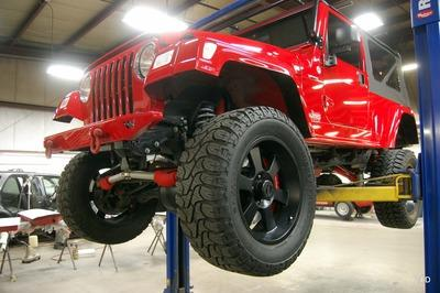 Someone Swapped A V-10 Into A 2005 Jeep Wrangler! - image 755351