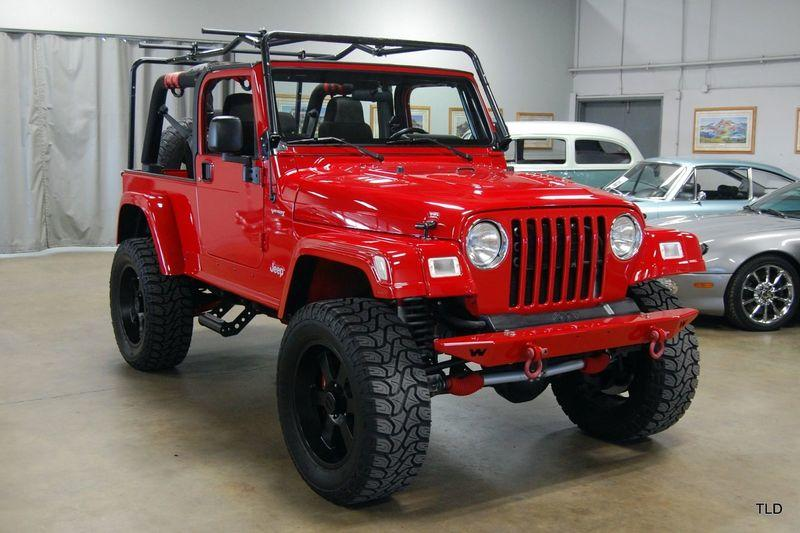 Someone Swapped A V-10 Into A 2005 Jeep Wrangler!