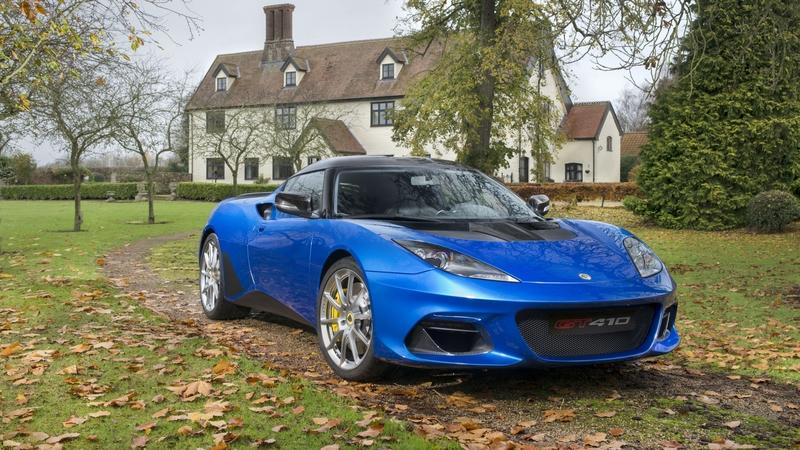 The Lotus Evora GT410 Sport is a Sportier, Lighter Replacement for the Sport 410