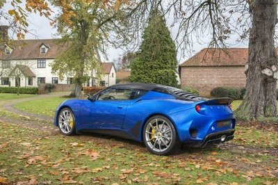 The Lotus Evora GT410 Sport is a Sportier, Lighter Replacement for the Sport 410 - image 757672