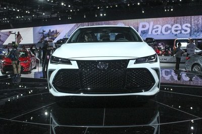 The New Toyota Avalon Is Basically A Grille On Wheels - image 759821
