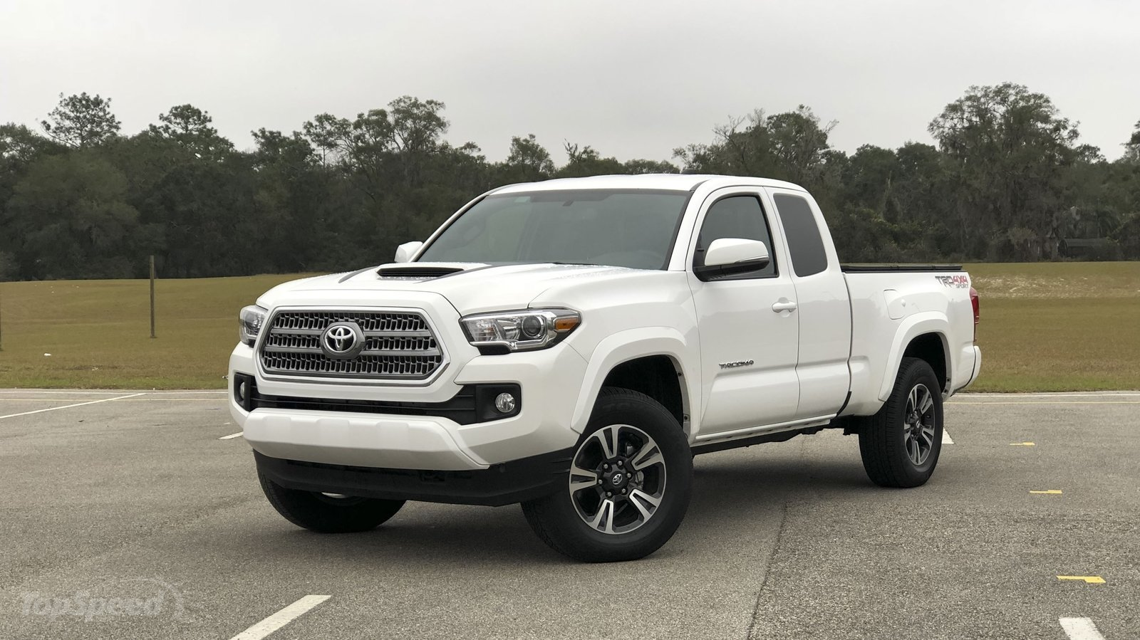 2017 toyota tacoma trd sport driven review top speed. Black Bedroom Furniture Sets. Home Design Ideas