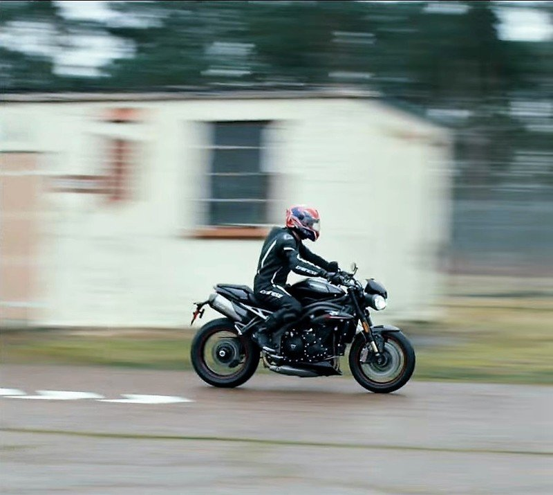 Triumph teases the new Speed Triple, again Exterior - image 763727