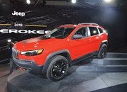 Updated Jeep Cherokee Goes Softer In The Styling Department - image 759131