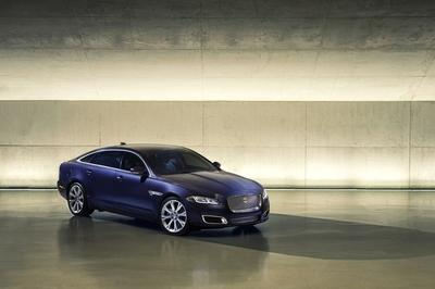 Watch Out Tesla - the Jaguar XJ Will Go All-Electric in 2019! - image 762707