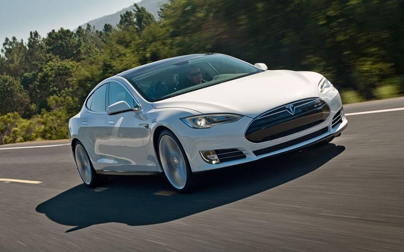 You Can Rent A Tesla In Minneapolis For Super Bowl Week
