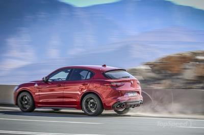 The 2018 Stelvio Quadrifoglio Will Set You Back $81,590 with Destination Fees - image 768839