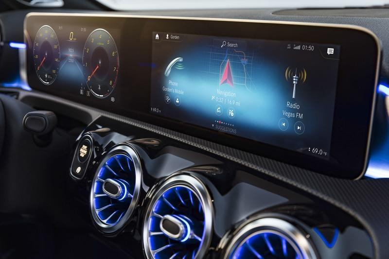 The C-Class Won't Get Mercedes' New MBUX Infotainment System from the A-Class Until the Next-Gen Model is Born - image 764931