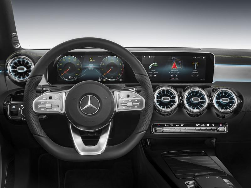 8 Awesome Looking Steering Wheels in Attainable Cars
