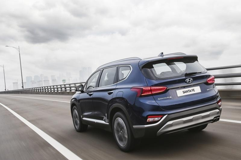Wallpaper of the Day: 2019 Hyundai Santa Fe
